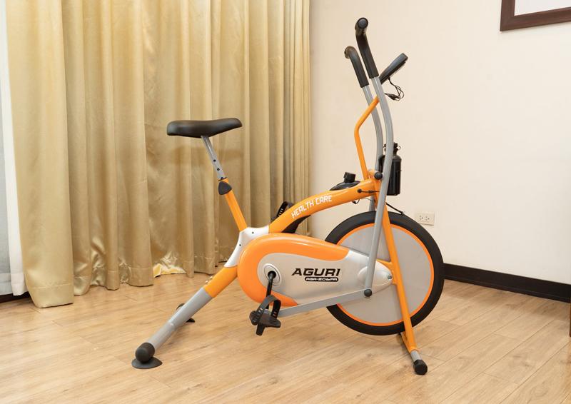 Xe đạp tập Aguri AGA-206PA