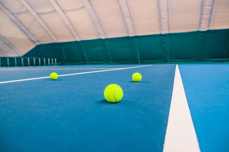 Các đường kẻ giới hạn trên sân Tennis