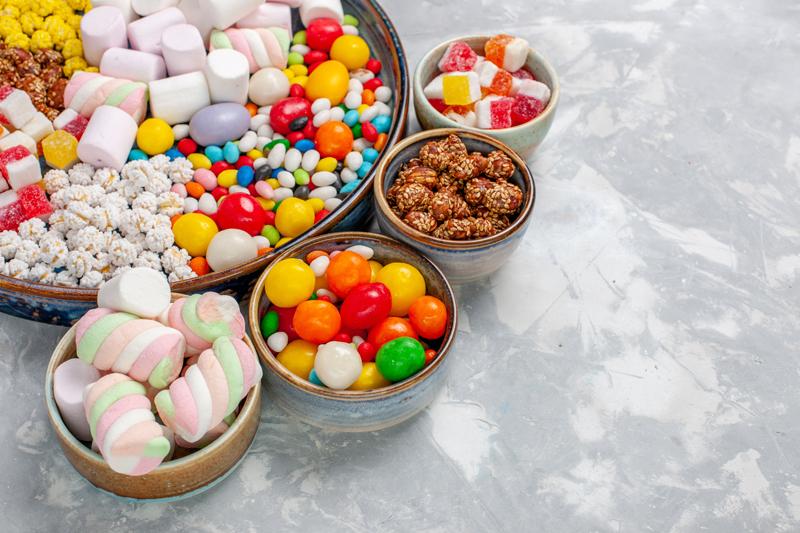 Không nên ăn đồ ngọt sau bữa ăn