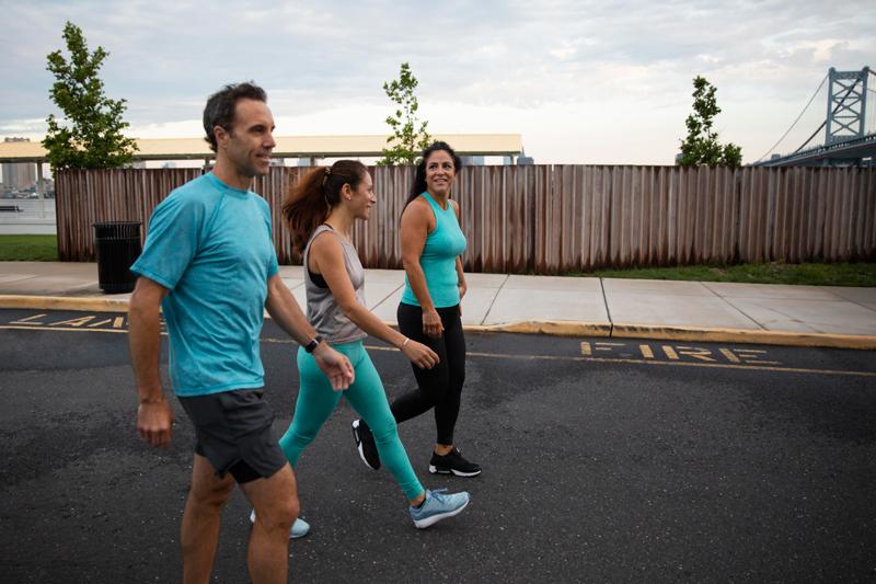 Những lợi ích khi tập luyện đi bộ thường xuyên để cải thiện sức khỏe