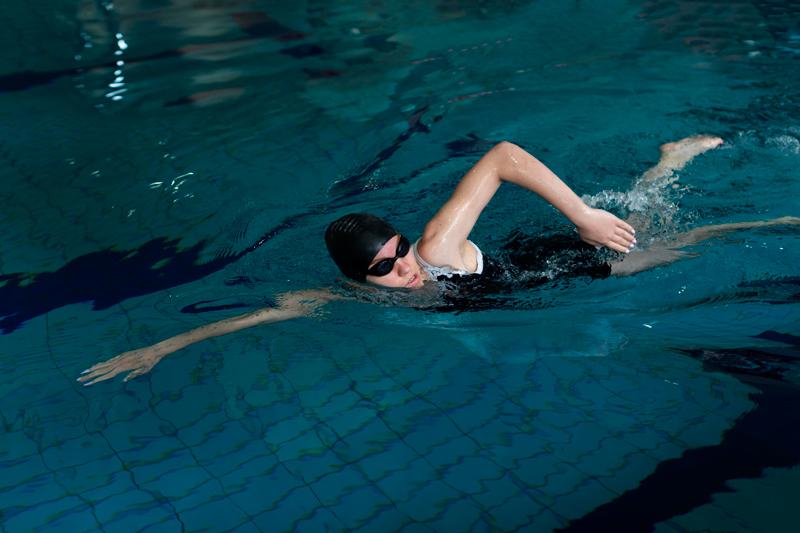 Lưu ý trong quá trình tập bơi lội để giảm cân