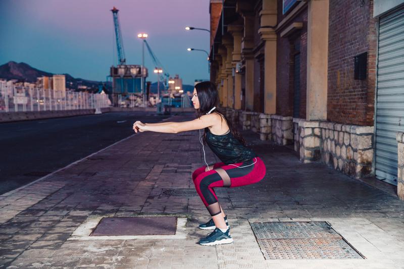 Tập thể dục buổi tối có tốt không? TOP 10 bài tập nên áp dụng
