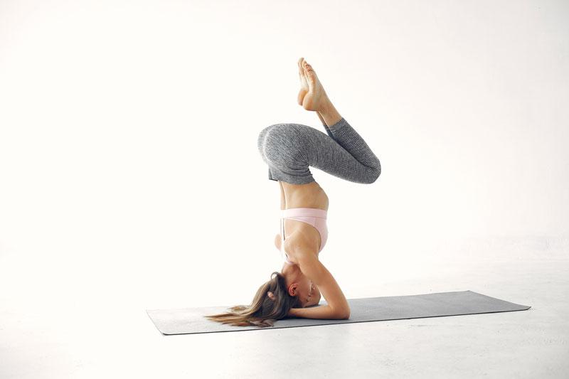 Một số lỗi thường gặp khi thực hiện tư thế Yoga trồng chuối