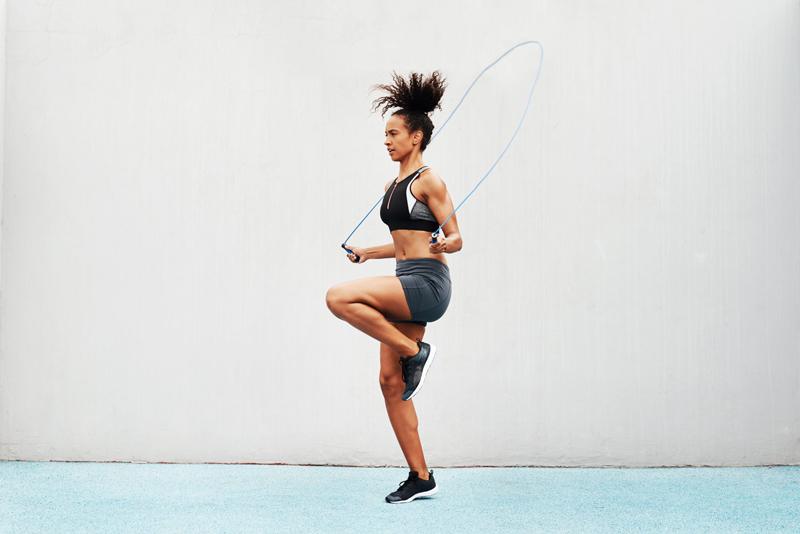 Cách nhảy dây tăng chiều cao bật nâng cao chân