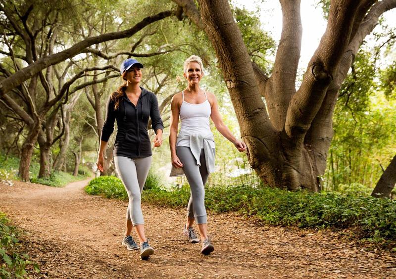Tốc độ đi bộ trung bình bao nhiêu tốt cho sức khỏe, giảm cân?