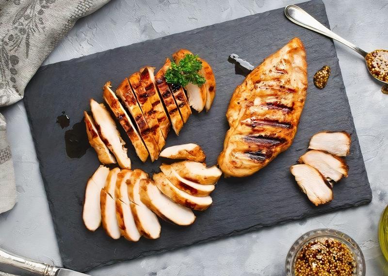 Ức gà làm gì ngon? Gợi ý 15 món ăn từ ức gà ngon khó cưỡng