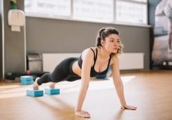 Hít đất có giảm mỡ bụng không? 8 bài chống đẩy giảm eo nhanh