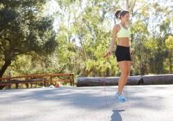 10 bài tập nhảy dây giảm cân đúng cách hiệu quả sau 4 tuần